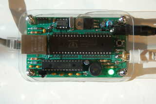 Top of the YBox2 kit, 40-pin Parallax chip has 8 processor cores, 32kilobytes of RAM, and runs at 80mhz.